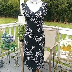 Cute and flirty black and white dress